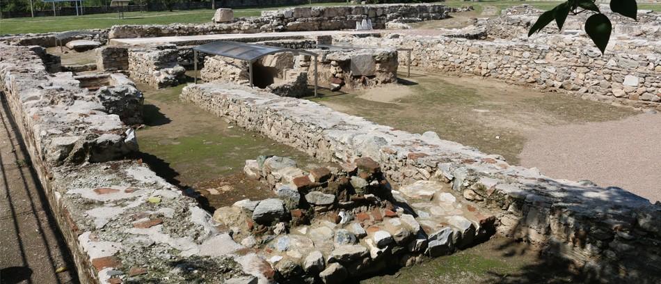 Τα ερείπια του ναού